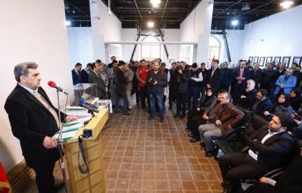 نمایشگاه «پلاسکو نو» با حضور شهردار تهران در باغ موزه قصر افتتاح شد